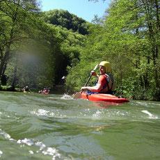 Auf einer Spritzige Tour  mit dem Kanu    durch das idyllische Wiesenttal paddeln Sie an einigen der schönsten Sehenswürdigkeiten der Region vorbei, zum Landgasthof Bieger.