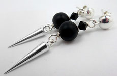 photo-boucles-d-oreilles-spikes-a-clous-demi-boule-perle-onyx-noir-toupie-cristal-swarovski-style-rock-chic-
