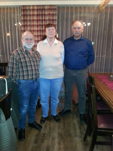 Foto: v.l.n.r.: Hans Gruber, Sieglinde Ortlepp, Josef Brandl