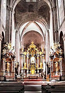 Im Dom St. Peter