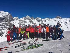 Skiteam Gruppenfoto Skiausflug 2019, Skiteam des SV DJK Heufeld, nach Schlick 2000 im Stubaital.