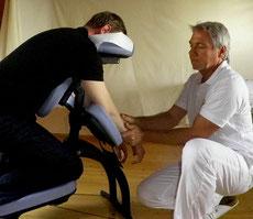 Axel Schmidt  mobile Massage am Arbeitsplatz