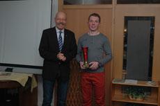 Der 1. Vorsitzende des AC Nordfriesland, Carsten Carstensen, und ich.