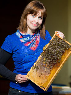 DI Dr. Elisabeth Thurner – Obfrau des Landesverbandes für Bienenzucht in Kärnten, Foto: Weichselbraun