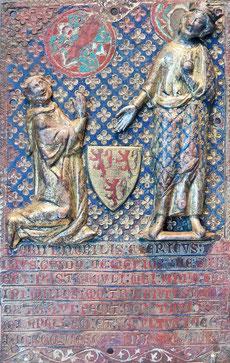 Limoges, 1307 Cuivre champlevé, gravé, émaillé, argenté et doré H. 32 cm ; l. 20 cm