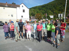 Start Wandergruppe B in Weilbach