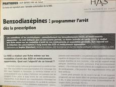 """Photo d'un article du """"Concours médical"""" de septembre 2015, N° 7, p564, sur la programmation de l'arrêt des benzodiazépines (somnifères, hypnotiques, anxiolytiques) demandée aux médecins par la Haute Autorité de Santé (HAS)."""