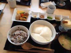 温豆腐をいろいろ薬味で・・・
