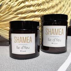 Partez à l'Ile d'Yeu avec cette bougie parfumée au genêt.