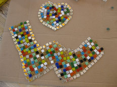 osaik selbst entwerfen Herz Spiegelmosaik bunt