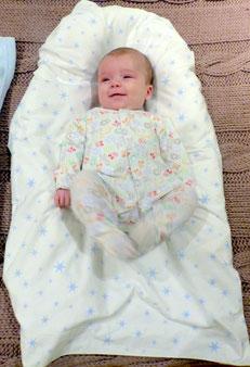 Para que tú bebé duerma bien haz como en los hospitales - www.AorganiZarte.com