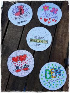 Die Feier-bunter Button Maschine für die kreative Kinder Unterhaltung. Von Aachen bis Köln - jeder Button ein Kunstwerk.