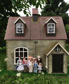 Puppenhaus Schule