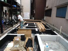 台東区 木造3階建て耐火建築物 土台引き画像2