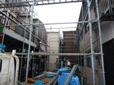 台東区 木造3階建て耐火建築物 外部足場工事画像2