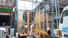 無垢の木でつくる 台東区 木造3階建て耐火建築物 上棟画像1