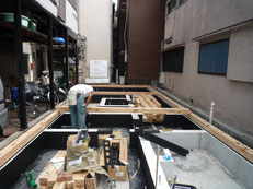 台東区 木造3階建て耐火建築物 土台引き画像3