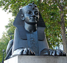 Sphinx an der Themse