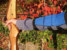 Bogenschießen mit Armschutz in Esslingen