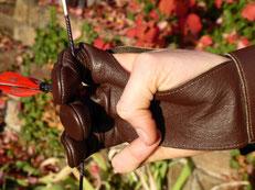 Fingerschutz der Esslinger Bogenschützen