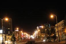 坂を上った正面がJR小樽駅