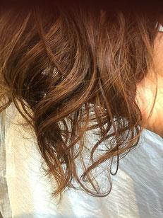 ハナヘナトリートメントした髪