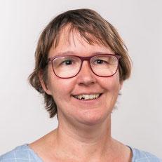 Angela Bayer