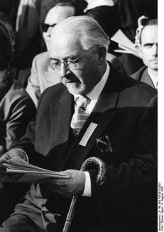 Otto Nuschke auf dem evangelischen Kirchentag in Berlin 1956