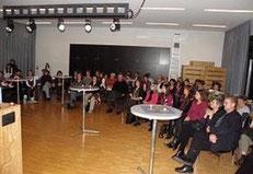 Dass das Werk von Jacqueline Rubli bereits guten Zuspruch findet, zeigte sich auch am grossen Publikumsaufmarsch zur Buchvorstellung.