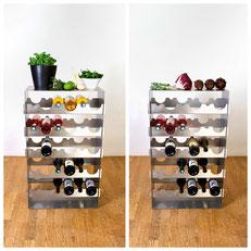 Das Design Weinregal dient ebenso als Ablage zum Kochen und Anrichten
