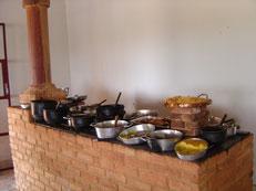 レストランの中。野菜料理が多いのがミナス料理の特徴の一つです。