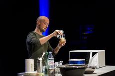 lorenzo cogo  chef starred michelin contact booking
