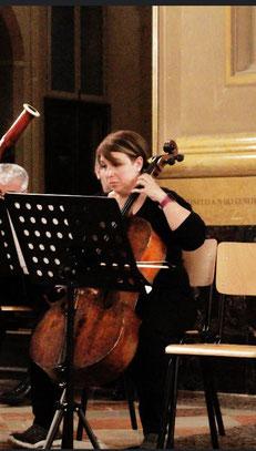 SILVIA TOMESANI - insegnante di avviamento alla musica e linguaggio musicale