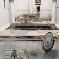 Dark solid surface countertop with integrated sink is water and mold resistant