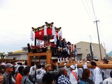 日本最古の形態を伝える風早の素朴な屋台