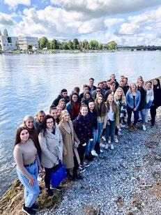 Studenten aus dem 1. Semester der Studiengänge Gesundheits- und Tourismusmanagement, Sport- und Eventmanagement sowie Wirtschaftspsychologie