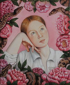 Ein Mädchen oder junge Frau, umgeben von rosaroten Blumen und Schlangen, von denen sie mit offenen Augen zu träumen scheint.
