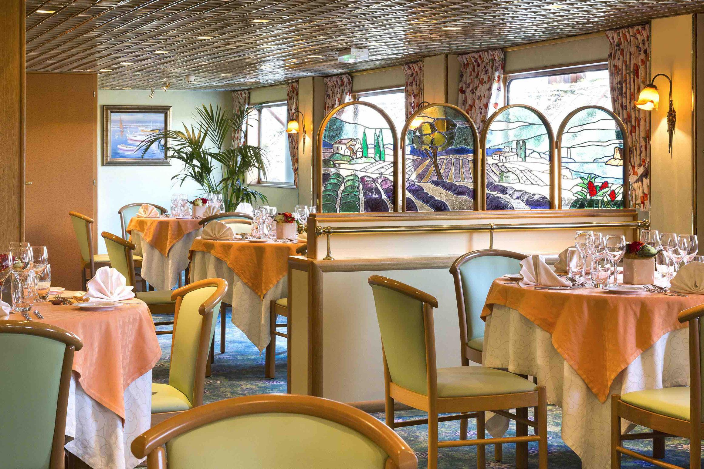 MS Beethoven Restaurant