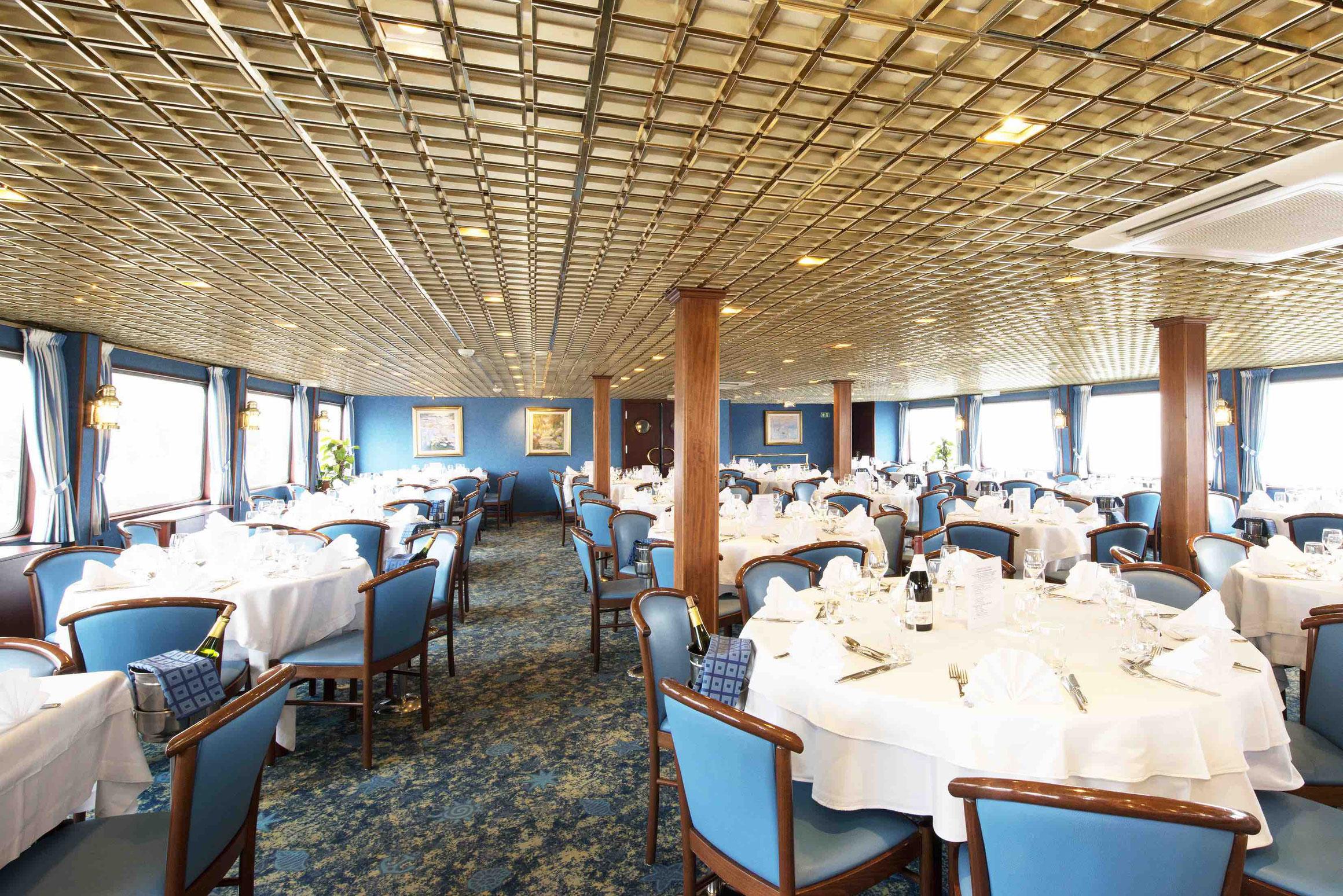 MS Claude Monet Restaurant