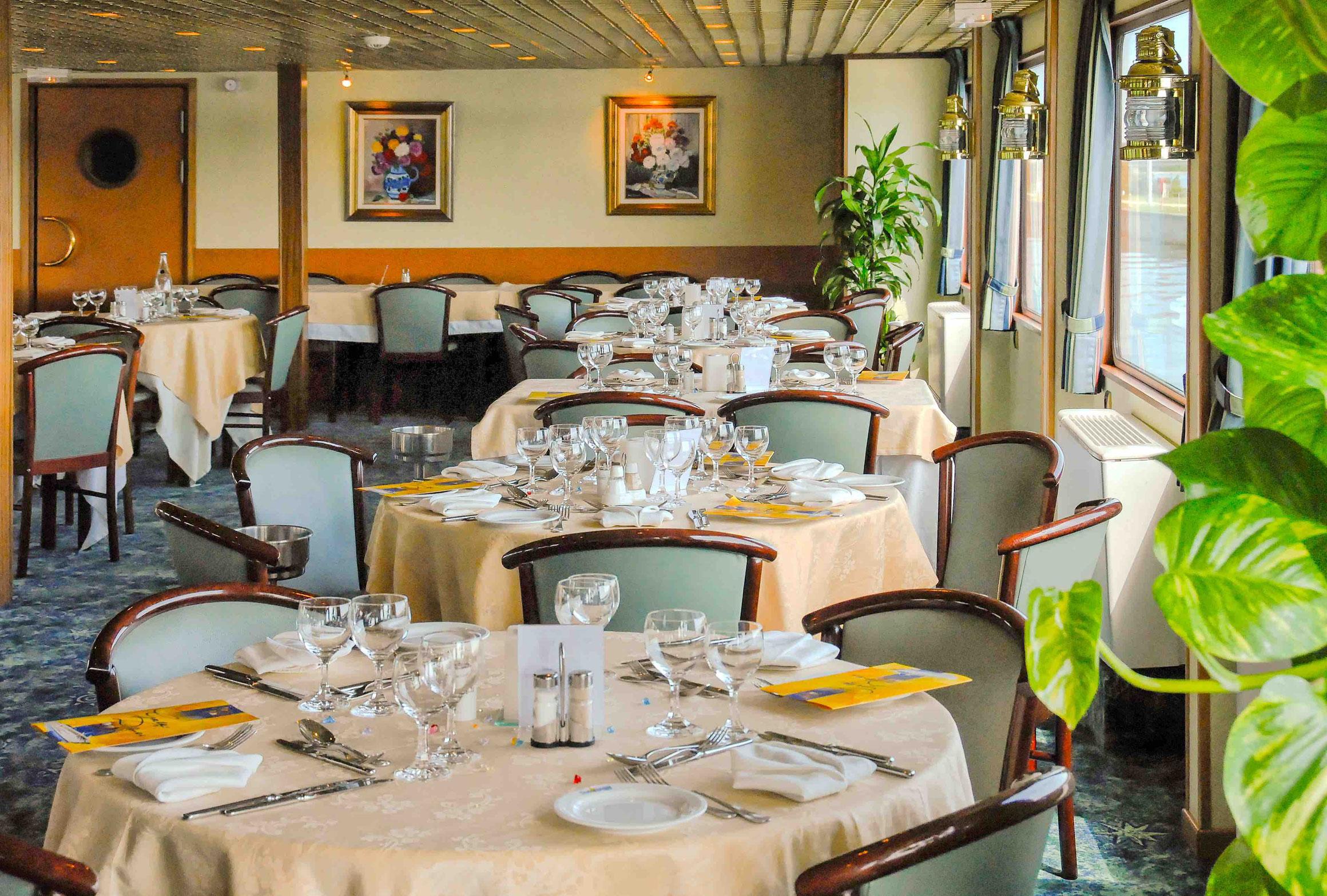 MS Modigliani Restaurant