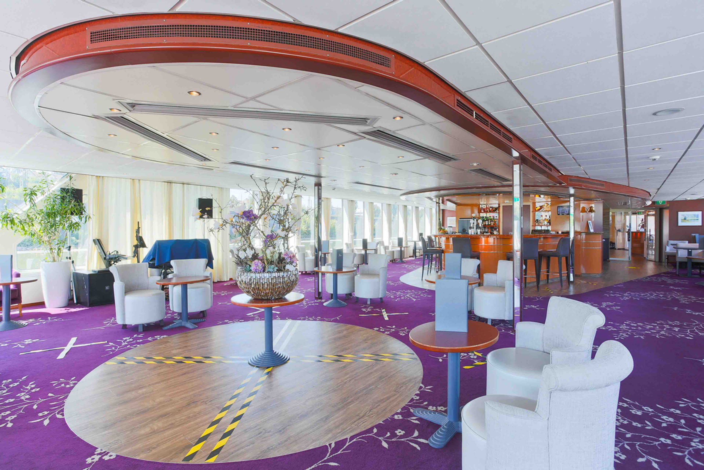 MS SE-MANON Panorama Lounge