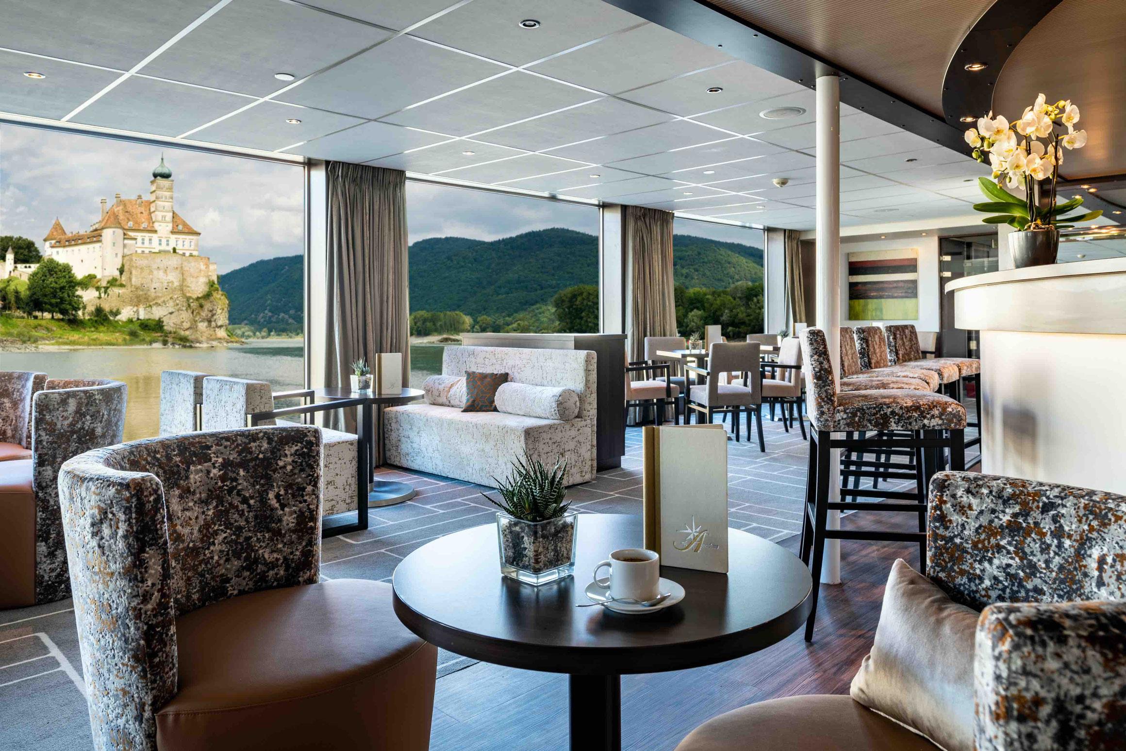 MS AMADEUS Brilliant Panorama Lounge