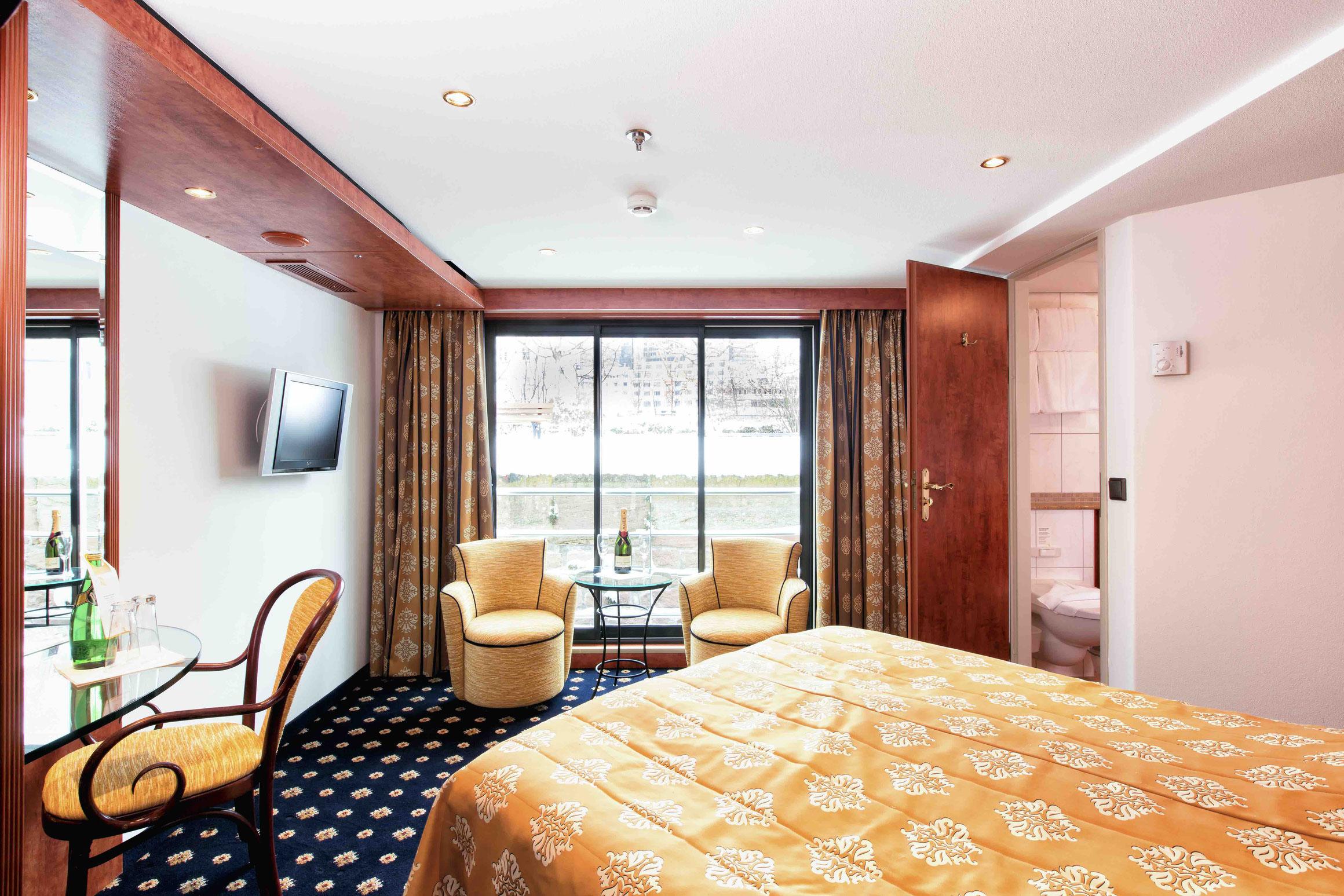 MS Swiss Gloria Suite mit französischem Balkon
