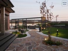 リフォーム、リゾートガーデン、アーチ、ホームヤードルーフ、ライトアップ、テラス、人工芝、雑草対策、ポルフィード、施工例
