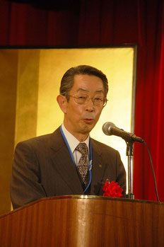 来賓の嶋田幸雄神奈川県中小企業団体中央会専務理事
