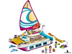 Im Paket Lego 41317 Sonnenschein-Katamaran sind 603 Einzelteile enthalten.