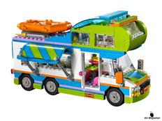 Die Besonderheit im Lego Paket 41339 Heartlake Mias Wohnmobil ist ein ausklappbares Vordach und das Dach lässt sich öffnen.