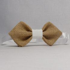 Noeud Papillon Pointu en Toile de Jute, idéal pour sublimer votre tenue de Fête