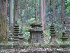 常楽寺の多宝塔