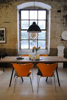 esstich aus ger stbohlen mit loop tischb cken von hay. Black Bedroom Furniture Sets. Home Design Ideas